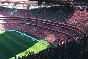 Weer publiek in de stadions: 6500 fans schreeuwen voor 60.000