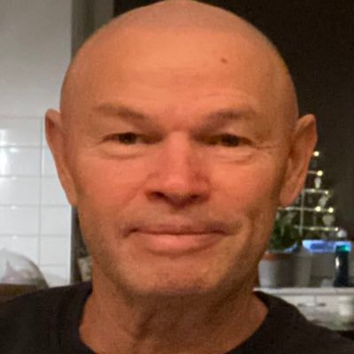 Harde kern Feyenoord neemt afscheid van zieke fan Marco van den Wildenberg
